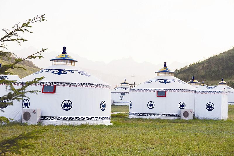 中式婚庆,海底世界,等22个主题进行设计装修,蒙古包直径6-8米,面积28